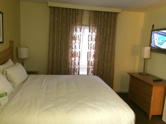 HYATT house Miami Airport: cama