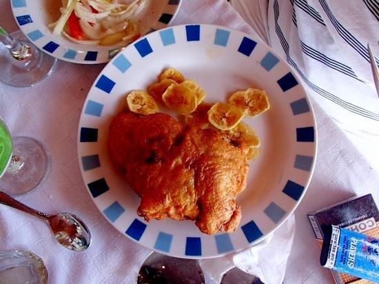 Пилон, Куба: blue chicken