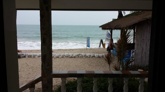 Phuwadee Resort & Spa: View from beach front villa