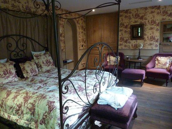 Guesthouse Bonifacius: Clair Obscur suite