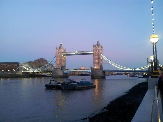 Luna & Simone Hotel: Tower Bridge