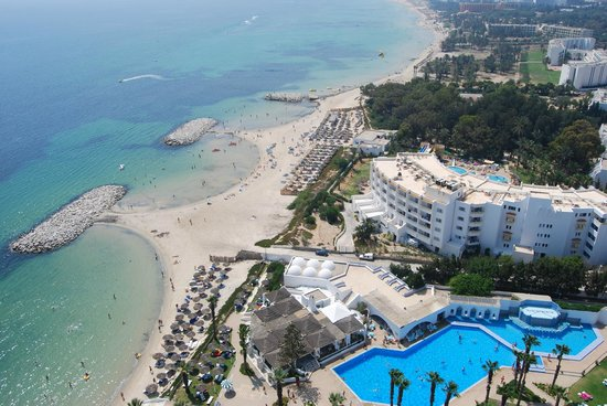 Orient Palace Hotel: Birdseye view of hotel and beach