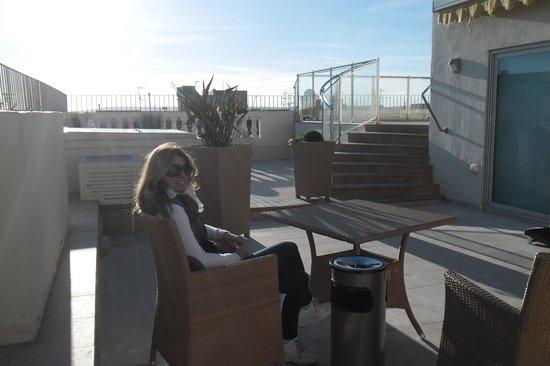 Osborne Hotel: Area piscina sul tetto