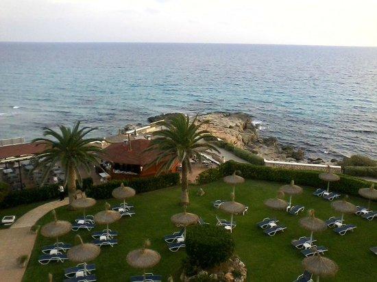 Hotel Santo Tomas Blick vom Balkon des Exklusivzimmers nach rechts