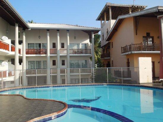 Neptune Bay Hotel : Pool