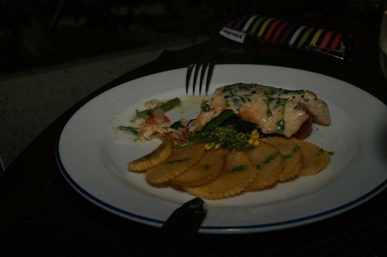 L'Elephant Restaurant : Fillet of Perch of the Mekong