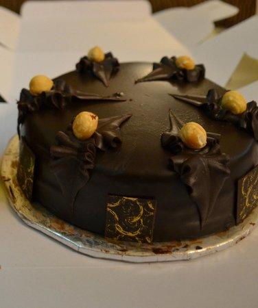 Wenger's: Yummy Hazelnut Chocolate cake
