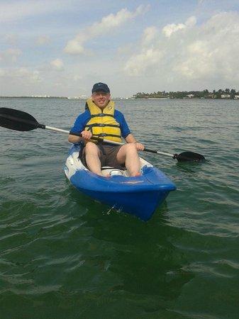 Bike and Roll Miami : Kayaking off Miami during tour