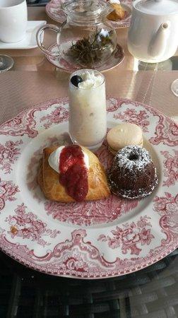 Chez Titi Salón de Té -  TeaRoom: Sweet plate