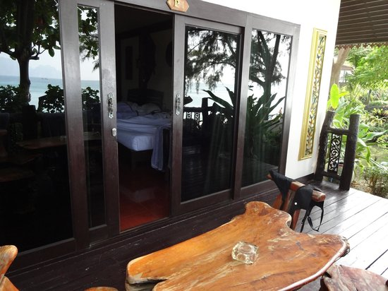 Pearl Beach Bungalow: from terrace P1