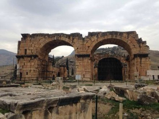 Travel Shop Turkey - Istanbul Day Tours: Hierapolis