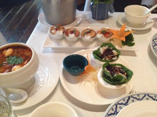Blue Elephant Thai Restaurant : Pastry and seafood starters