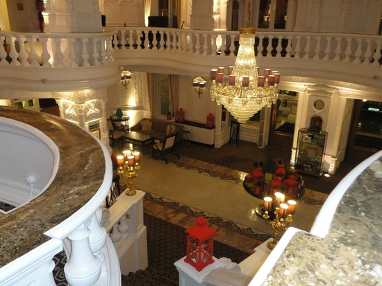 St. Ermin's Hotel, Autograph Collection: The lobby from upstairs