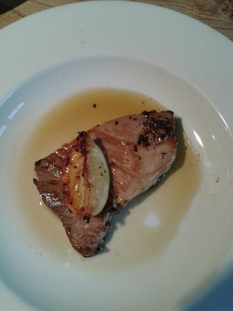 The Crown Inn at Catcott: Tuna steak in scrummy dressing