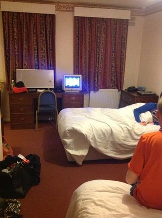 Trecarn Hotel: triple room