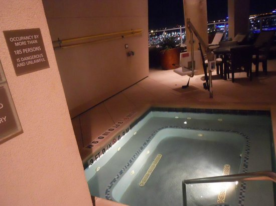 The Westin Houston Memorial City: Maximum occupancy of the spa is 185 persons