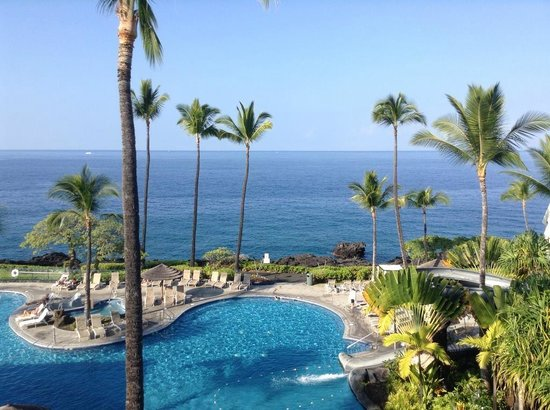 Sheraton Kona Resort & Spa at Keauhou Bay: The amazing view from our Executive suite.