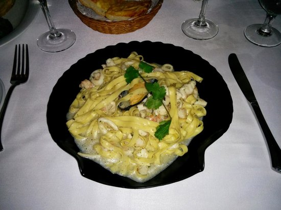 La Dolce Vita Centro: pasta with sea food