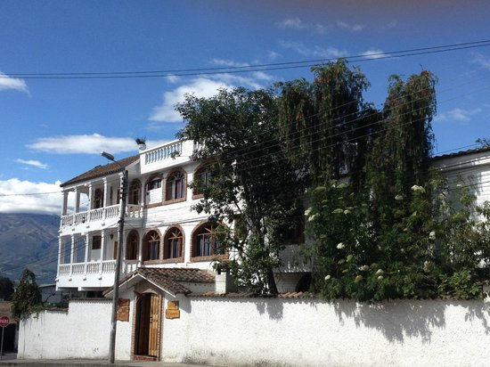 La Posada del Quinde: Street view