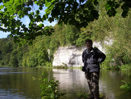 Litton Mill, UK: Walk back to the mill from the Monsal Head Hotel