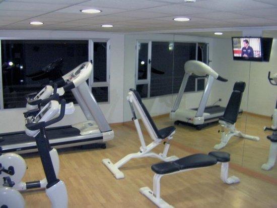 Hotel Albahía: Fitness room