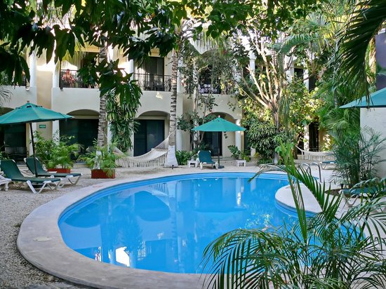 Hacienda Paradise Boutique Hotel by Xperience Hotels: The swimming pool was very clean and comfortable