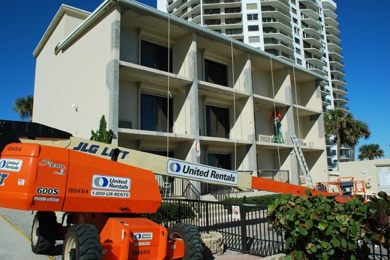 Seven Seas Resort: Exterior renovation