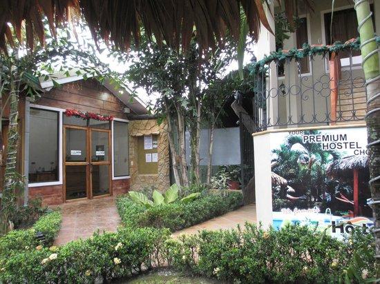 Arenal Hostel Resort: réception