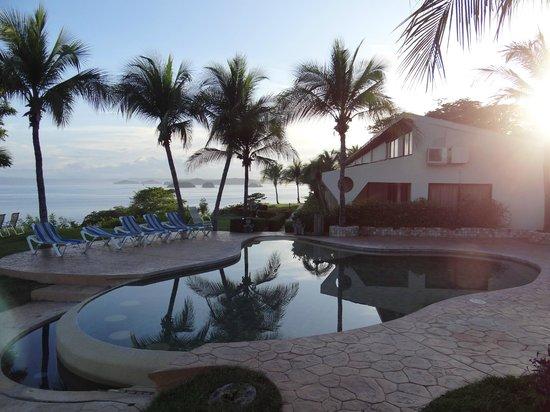 Ocotal Beach Resort : Pool