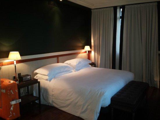 Hotel 1898 : Room