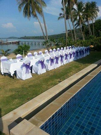 The Village Coconut Island Beach Resort : wedding