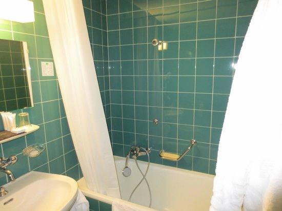 Hotel de Gruyères : Baignoire