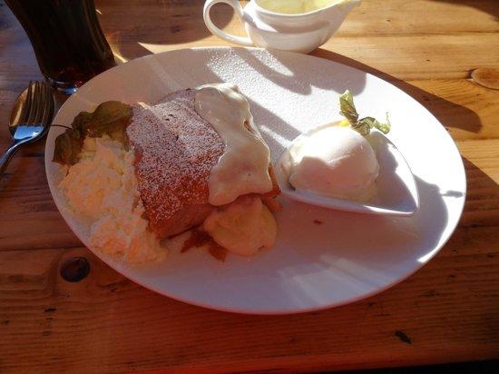 Wedelhutte Hochzillertal: Apfelstrudel de Luxe