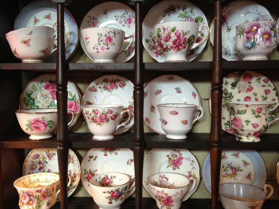 Teaberry's Tea Room : Teaberrys selection of english fine bone china