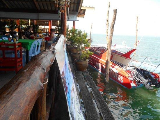 Lanta Palm Beach Resort : ben saladan