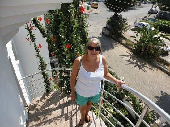 Ceylan Apart: on spiral staircase