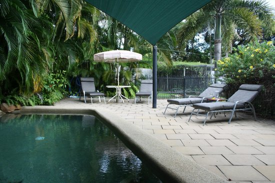 Magnetic Sunsets B&B : plunge pool