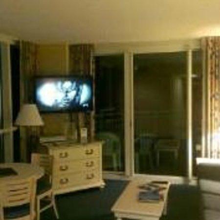 Avista Resort: Living Room at night
