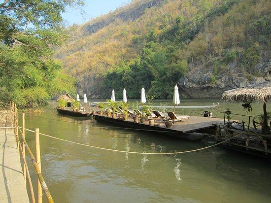 River Kwai Resotel : Flussansicht