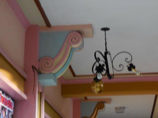 Hotel El Chaparral: Hanging Lamp