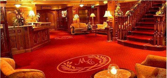 Meadow Court Hotel: Lobby
