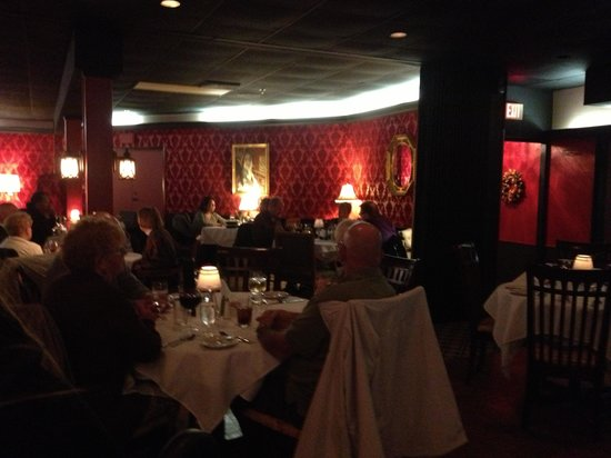Great Chicago Steakhouse: Inside