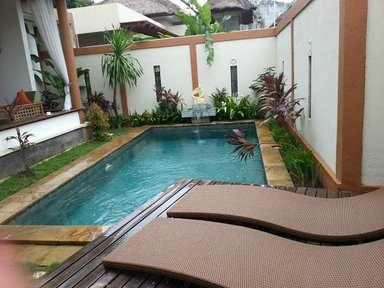 Desamuda Village : Pool in Villa