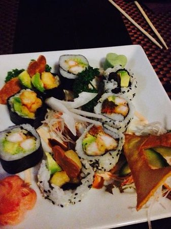 Sushi Mex  - Boulevard El Faro: futomaki e uramaki
