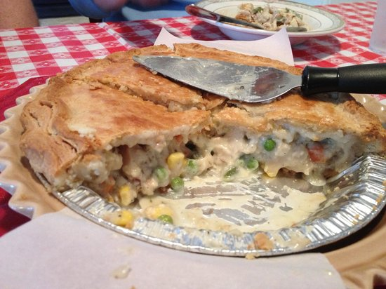 Pie Heaven Bakery Cafe: Chicken Pot Pie