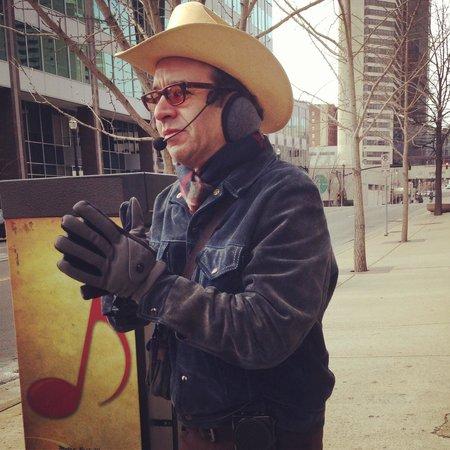 Walkin' Nashville - Music City Legends Tour: Bill shares his music knowledge