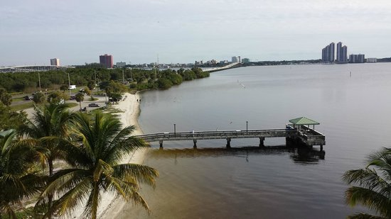Best Western Fort Myers Waterfront: One view from balcony.