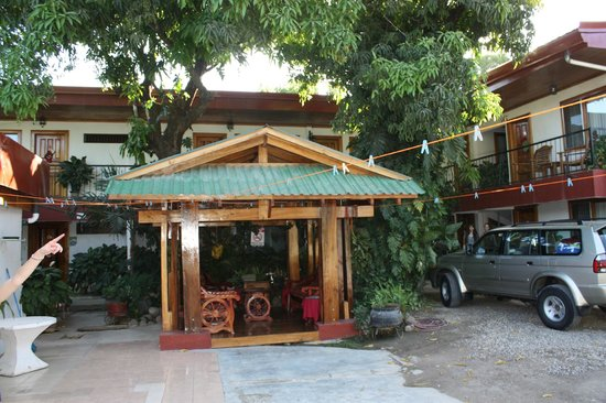 Hotel Javy: Front view