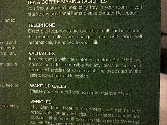 Glen Mhor Hotel & Apartments: Dial 0 for reception - no phone in room...... so no wakeup call or help