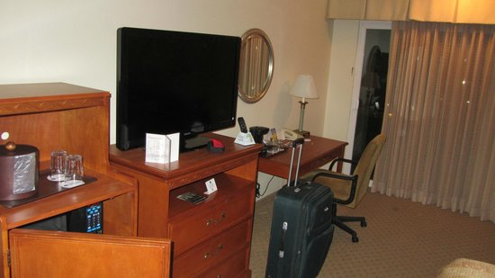 Best Western Plus Royal Oak Hotel: Room